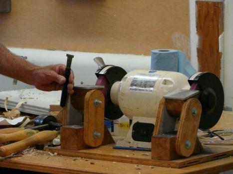 Homebuilt grinding stand