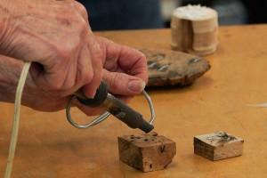Melting in tin solder (pewter)