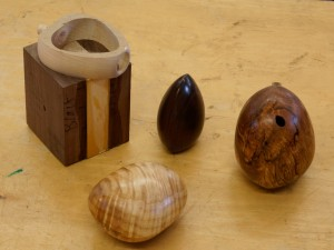 David F.: Hollow clamshell forms