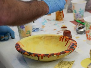 Dying the bowl's inside