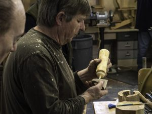 Now applying fresh coat of unthinned wood glue for a rub joint